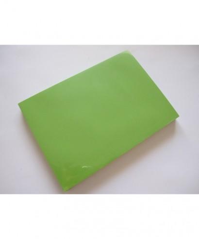 Papel verde intenso A4. 80gr. Paquete de 500 hojas.