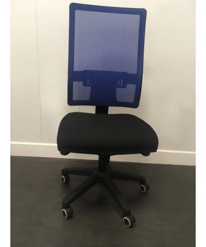 Silla de oficina ergonómica sin brazos - Mecanismo Syncro - Respaldo regulable. Azul/Negro Passion Ref.PYSILLA-DMACC6-SIN
